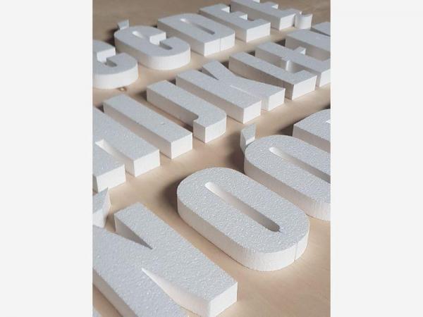 litery i cyfry3